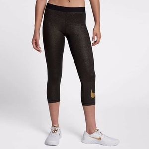 Nike Pro Black & Gold Cropped Training Tights